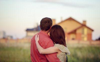 Votre agence immobilière de Lissieu fait le point sur le comportement des femmes et des hommes concernant l'achat d'un bien
